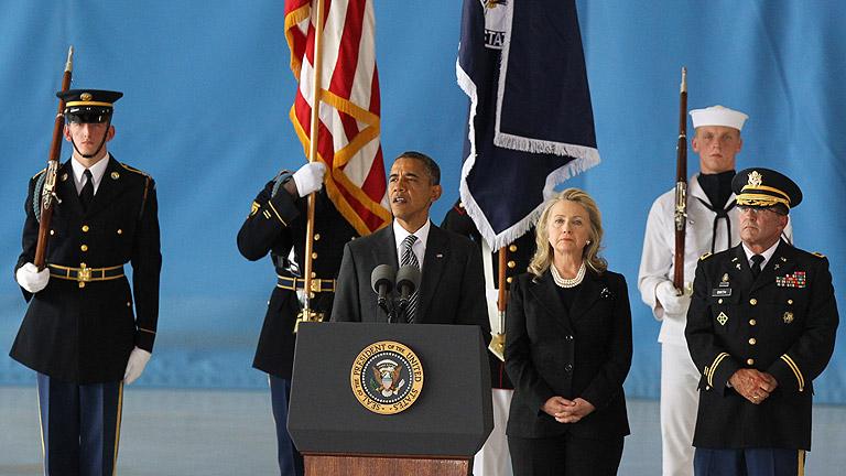 EE.UU. recibe a los fallecidos en el ataque a su embajada en Libia
