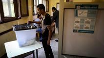 Ir al VideoEgipto intenta atajar la baja participación en su segunda jornada electoral de las presidenciales