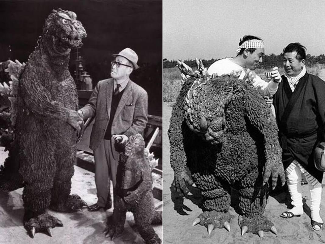 Eiji Tsuburaya, creador de efectos especiales, y Haruo Nakajima, el hombre dentro de Godzilla