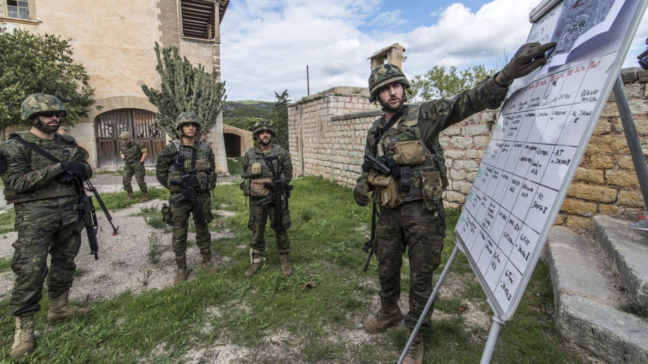Ejercicio táctico en el Acuartelamiento Jaime II, en Palma, con motivo de la participación de Unidades de la Comandancia General de Baleares en el Ejercicio OTAN Trident Juncture 2015