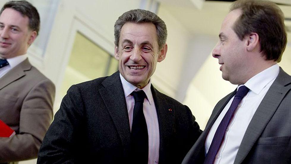 Francia corona al centroderecha de Sarkozy, castiga a la izquierda y frena a Le Pen en las elecciones departamentales