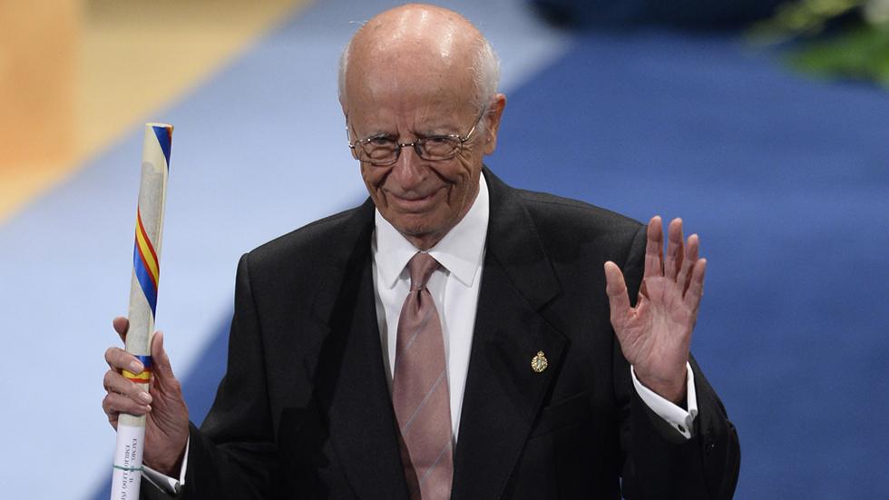Emilio Lledó, Premio Príncipe de Asturias 2015 de Comunicación y Humanidades, alerta del peligro de la violencia y la ignorancia