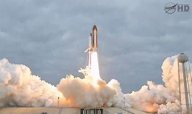 El Endeavour despega con éxito hacia su última misión