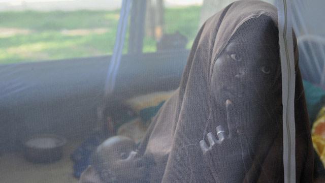 Las enfermedades amenazan a los refugiados somalíes que huyen del hambre