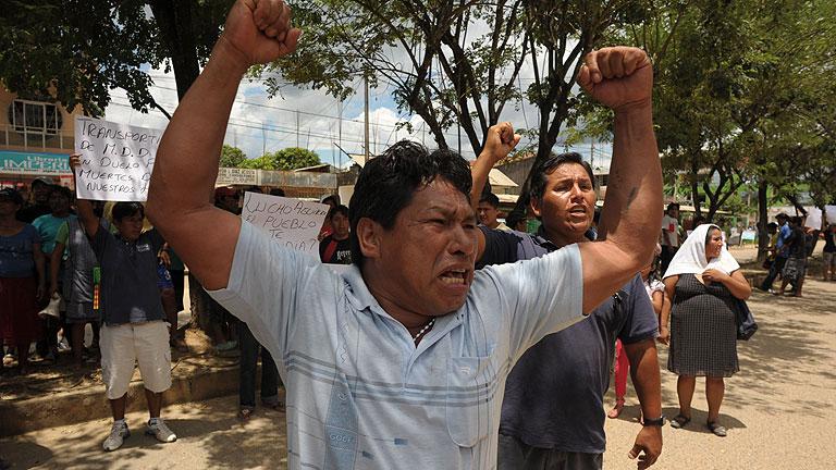 Nuevos enfrentamientos entre mineros ilegales y las fuerzas de seguridad en Perú