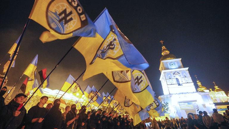 Tensión en Kiev y bombardeos en Donetsk al acercarse elecciones de Ucrania
