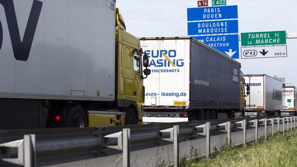 Entran en vigor los descuentos para que los transportistas utilicen autopistas