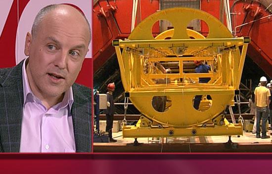 Noche 24 - Alberto Casas, investigador del CSIC, explica el experimento del gran colisionador de partículas
