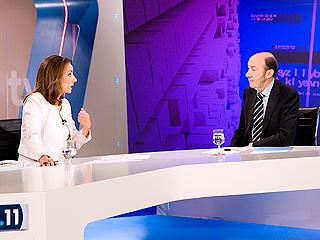 Entrevista a Alfredo Pérez Rubalcaba de Pepa Bueno en el Telediario