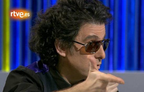 Entrevista al cantante Calamaro en 'La2 Noticias' (2008)