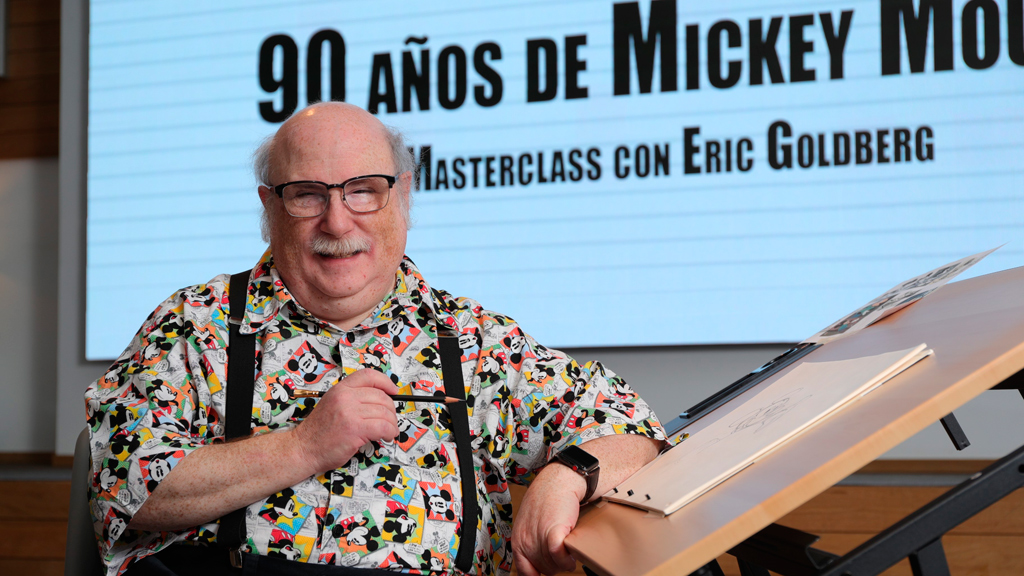 Ir al VideoEric Goldberg imparte una clase magistral en Madrid para celebrar los 90 años de Mickey Mouse