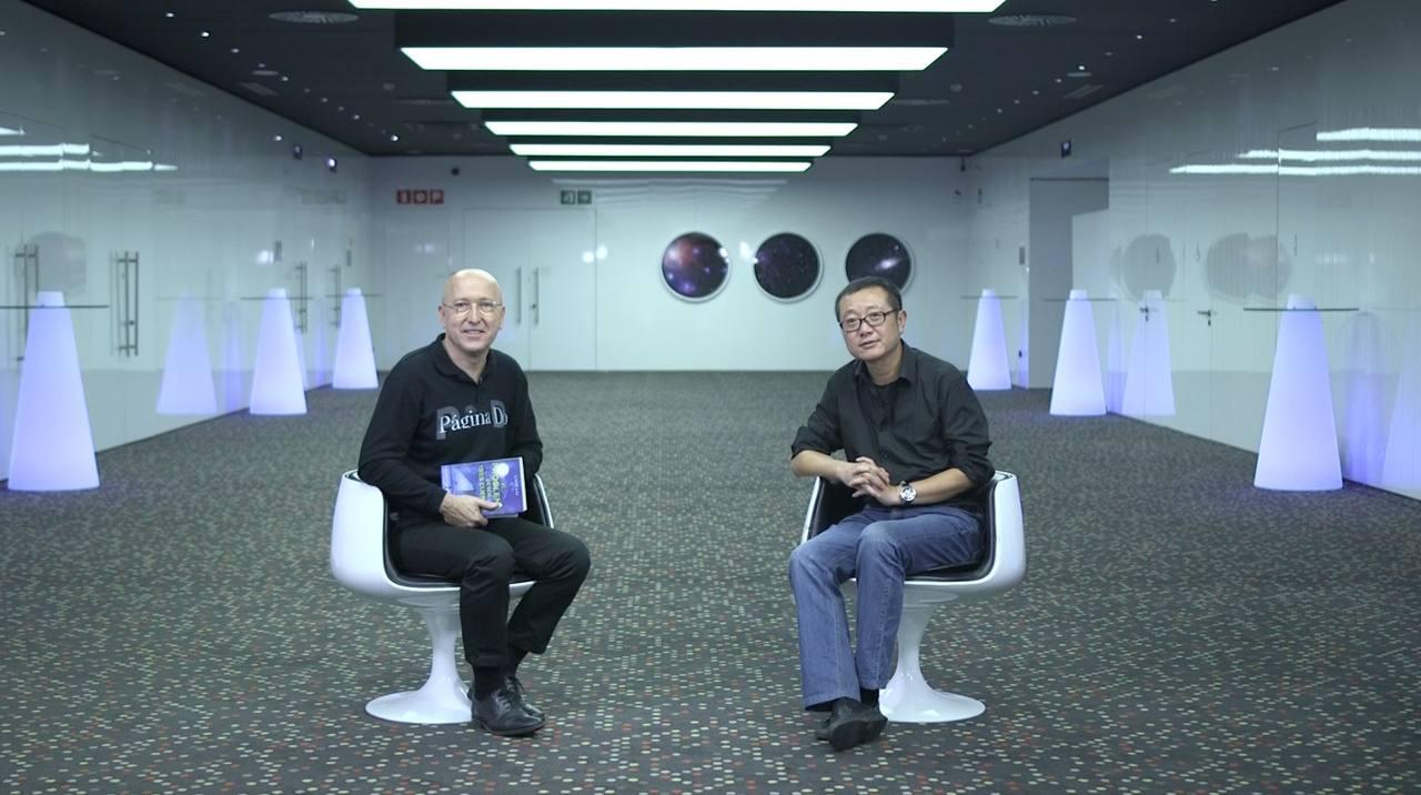 El escritor Cixin Liu reflexionó sobre la intromisión de políticos y militares en el mundo dc la ciencia y la tecnología