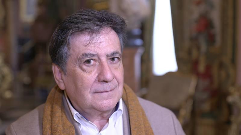 El escritor Luis Landero nos aseguró que negociamos con nosotros mismos de forma habitual