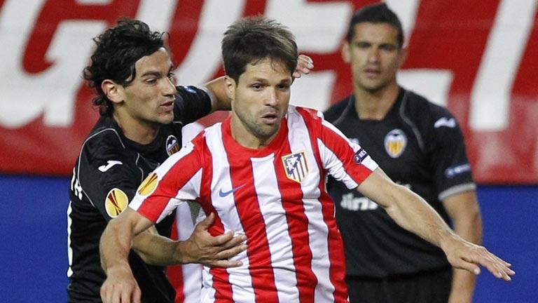 Espadas en todo lo alto en el Valencia-Atlético