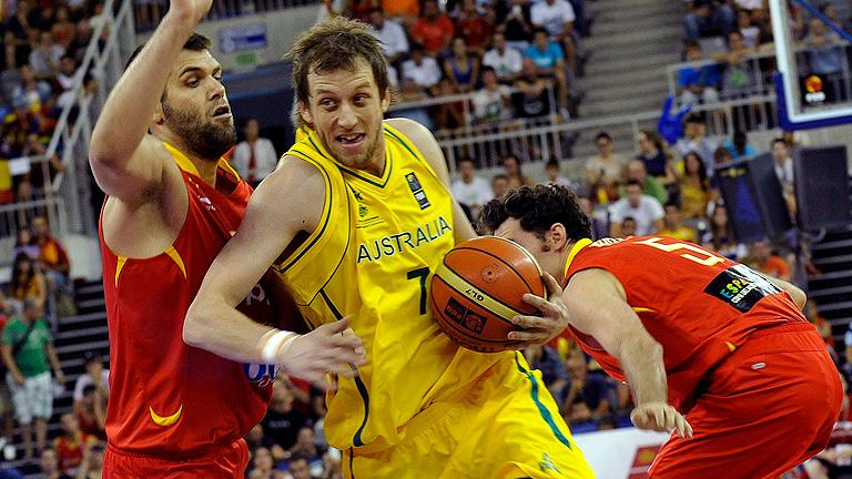 España derrota a una difícil Australia