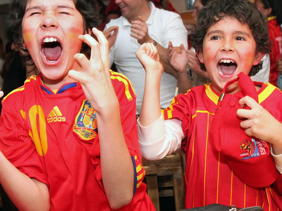 Toda España, enloquecida tras ganar el Mundial