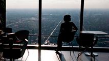 Ir al VideoEspaña pondrá en marcha un plan contra la discriminacion laboral y salarial de la mujeres