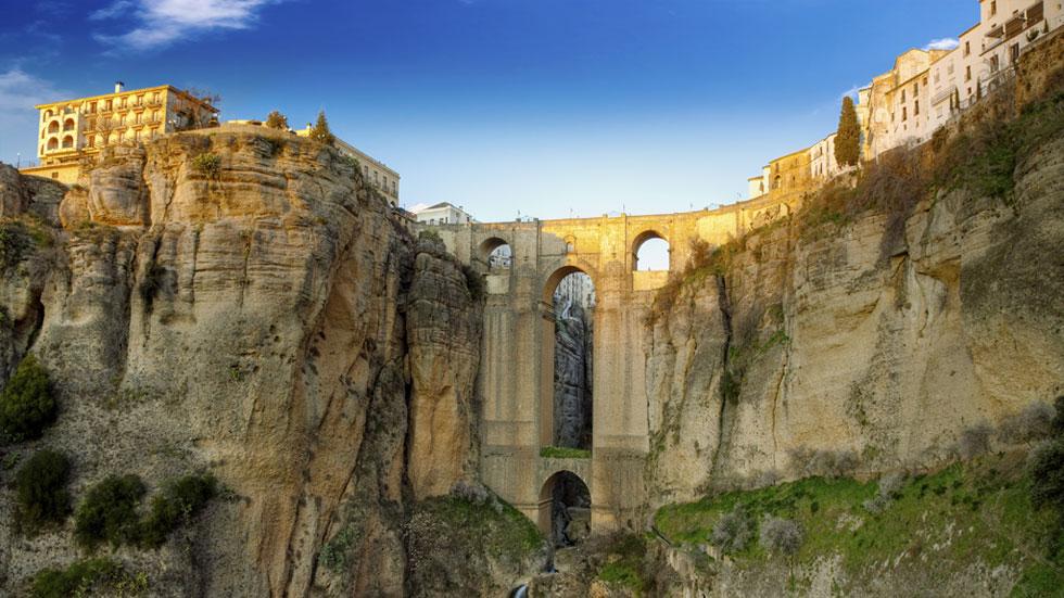 España recibe a 10,6 millones de turistas hasta marzo, un 5,3% más