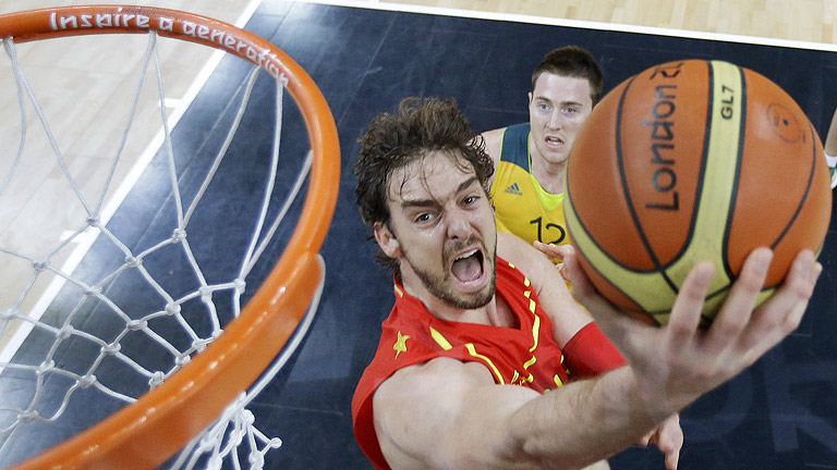 España se impone a Australia