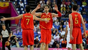 España trabaja para ganar a Francia y meterse en las 'semis' de baloncesto