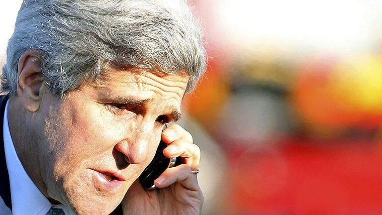 El espionaje alemán captó conversaciones de Kerry y Clinton