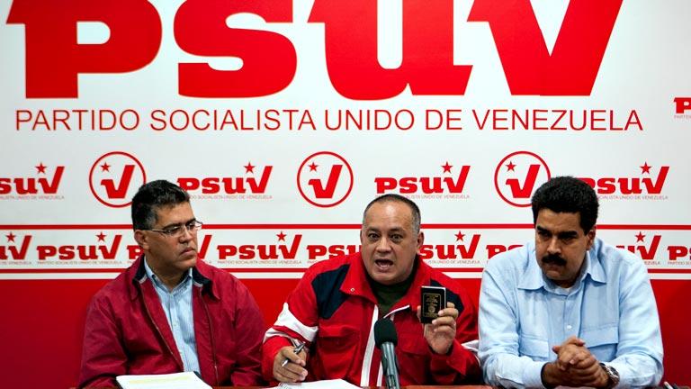 """Chávez se encuentra en estado """"estacionario"""" asimilando el tratamiento que recibe por el cáncer"""