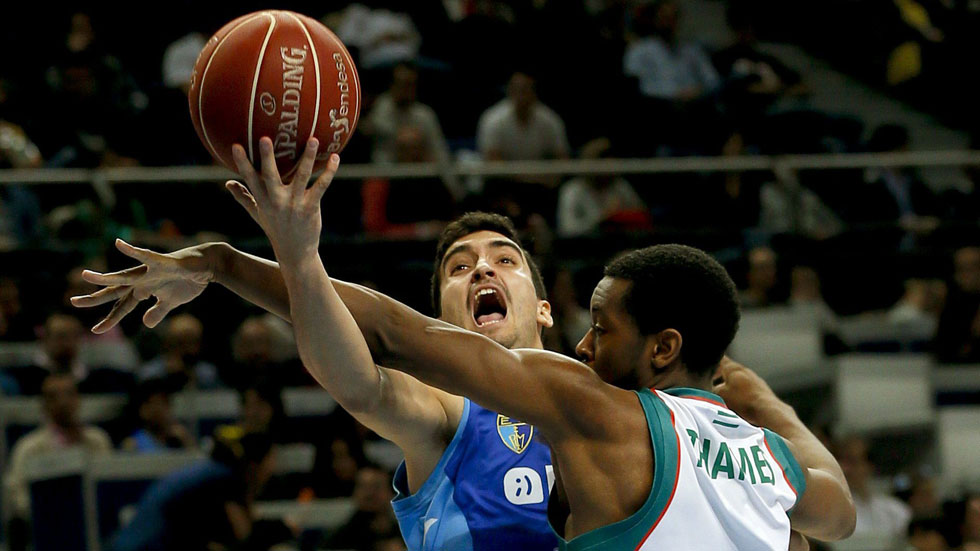 Estudiantes 65 - Baloncesto Sevilla 82