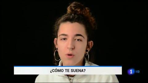 Ir al VideoEstudiantes de bachillerato desenmascaran el machismo en las letras musicales