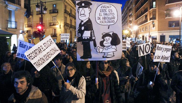 Los estudiantes valencianos vuelven a manifestarse por los recortes en educación