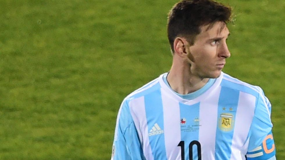 Estupor en Argentina por la posible marcha de Messi de la selección