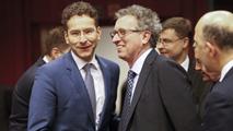 Ir al VideoEl Eurogrupo acuerda con Grecia una prórroga de cuatro meses del programa de rescate