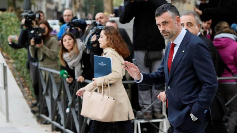 El exconseller de Empresa, Santi Vila, entra en la Audiencia Nacional.