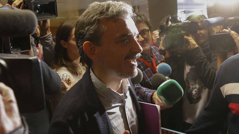El exportavoz de Podemos en la Asamblea de Madrid, José Manuel López, a su llegada a la Cámara madrileña