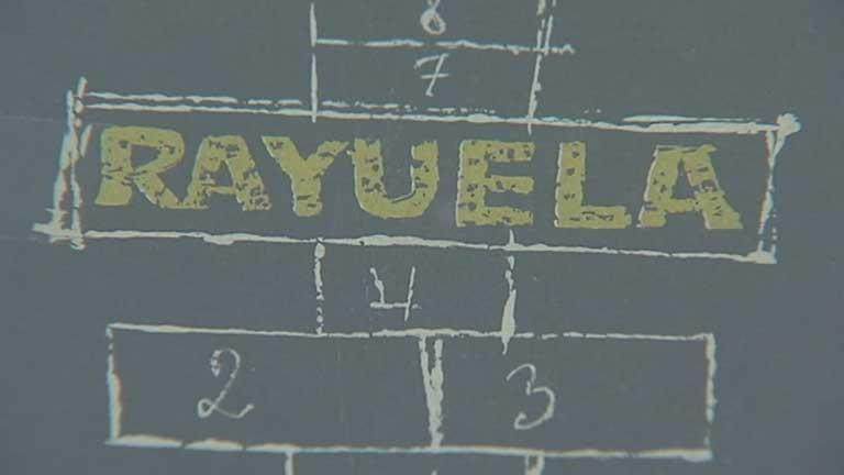 """Una exposición recuerda la obra cumbre de Julio Cortázar, """"Rayuela"""""""
