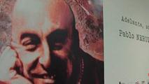 Ir al VideoUna exposición recuerda en Cantabria a Pablo Neruda