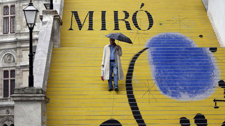 Viena inaugura una exposición sobre el pintor Joan Miró