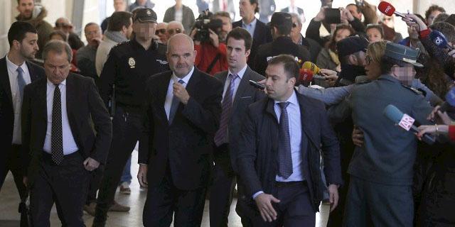 Ir al VideoEl expresidente de Andalucía, Manuel Chaves, declara por el caso de los ERE