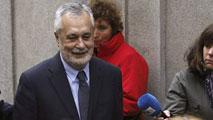 Ir al VideoEl expresidente andaluz José Antonio Griñán renuncia a su escaño en el Senado