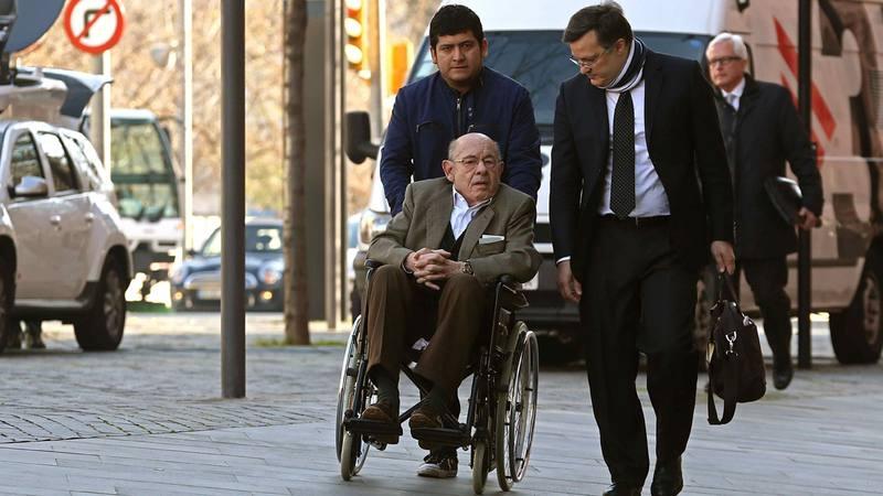 El expresidente del Palau de la Música Fèlix Millet (en silla de ruedas), acusado en el juicio del Palau de la Música
