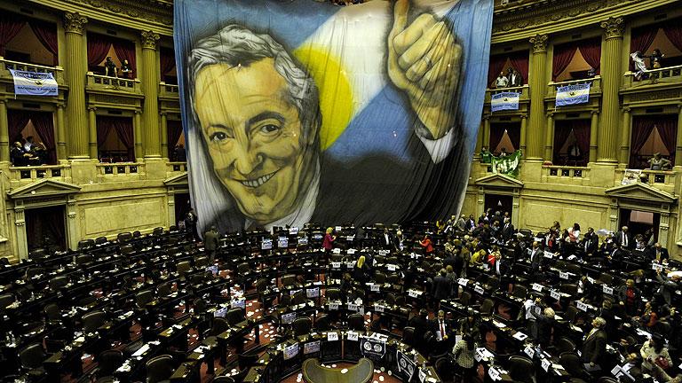 El parlamento argentino respalda la expropiación de YPF a Repsol