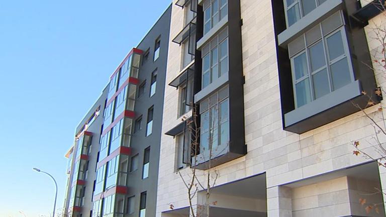 El gobierno estudia dar la residencia a los extranjeros que compren pisos de euros - Pisos compra ...