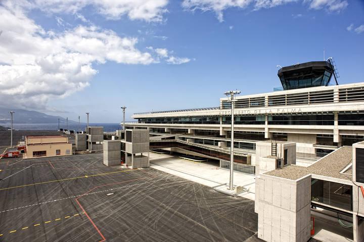 Fachada del nuevo edificio terminal del aeropuerto de La Palma
