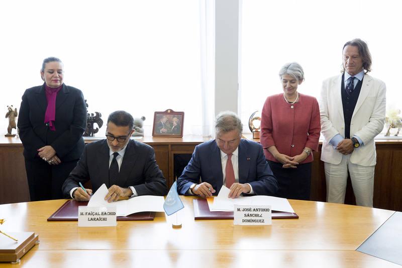 Faïçal Rachid Laraichi y Jose Antonio Sanchez en la firma del convenio