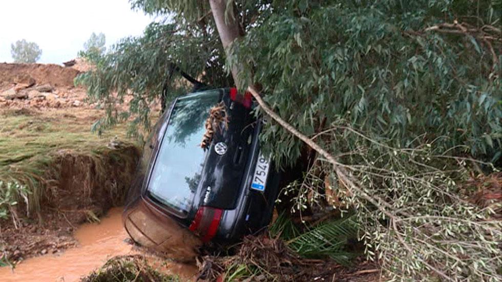 Un vecino de Dos Hermanas fallece al intentar atravesar un arroyo