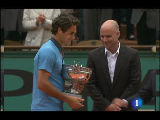 Federer, nuevo rey de París