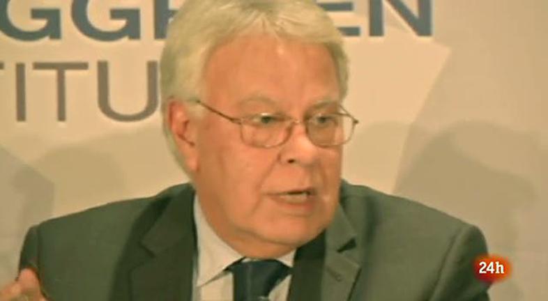 """Felipe González: """"Hollande podría ser el que le diga no a Merkel"""""""