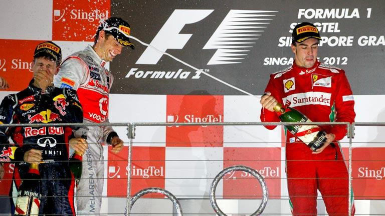 Fernando Alonso, por el carril de su tercer mundial