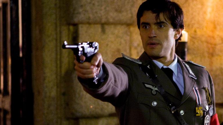 Fernando Solís vuelve a TVE en 'Flores para Belle', el especial de 'Amar en tiempos revueltos'