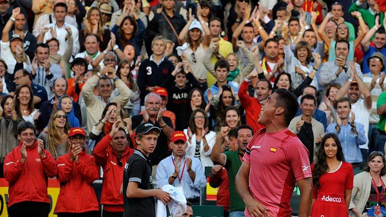 Ferrer y Almagro ponen el 2-0 en la semifinal de la Copa Davis