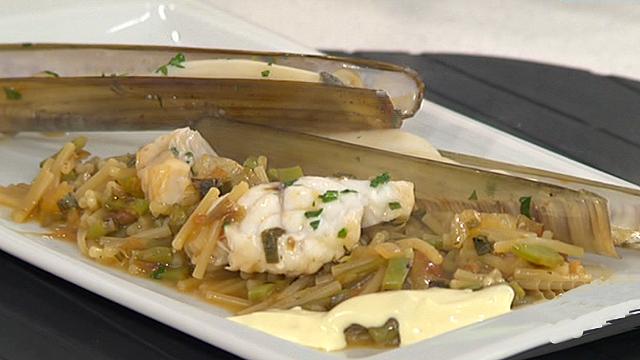 Saber cocinar - Fideos con rape, mero y salsa ali-oli